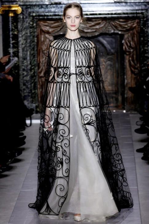 Haute Couture, giấc mơ còn xa tầm với nhà thiết kế Việt
