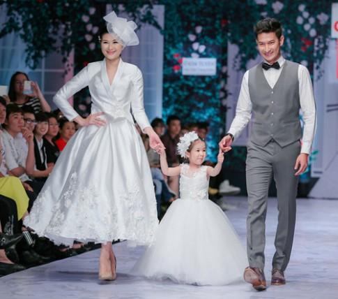 """Huy Khánh: """"Con gái tôi muốn bố mẹ làm đám cưới"""""""