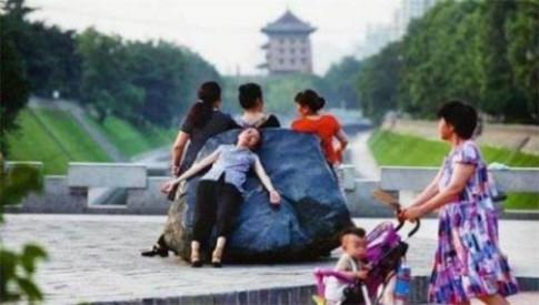 Kì lạ trào lưu giảm cân mới nổi của phái đẹp Trung Quốc
