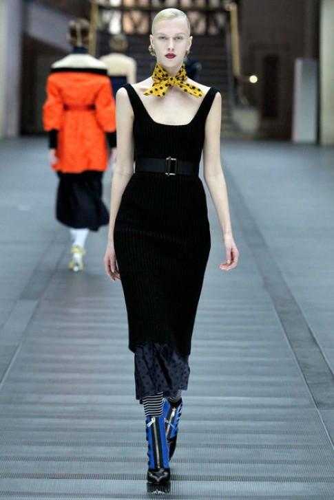 Những mẫu váy ứng dụng đẹp nhất Tuần Thời trang Paris