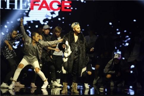 """Sơn Tùng lại mặc """"áo đôi"""" với G-Dragon"""