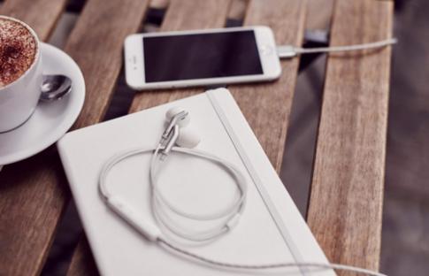 Tai nghe không dây của iPhone 7 sẽ kết nối theo chuẩn riêng