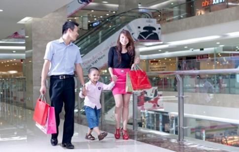 Vì sao không nên mua quần áo lúc gần Tết?