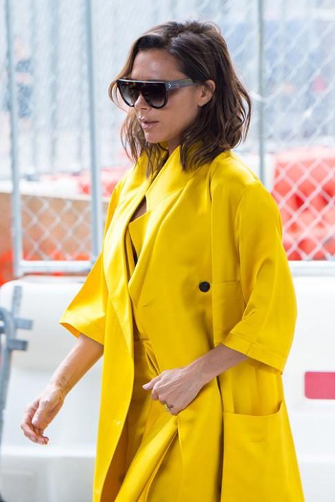 Victoria Beckham quyến rũ và trẻ trung với tóc mới