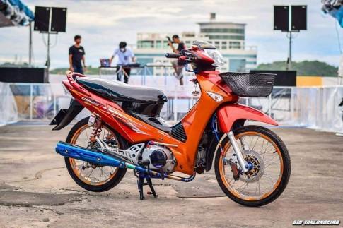 Wave 125i đầy phong cách trong bản độ từ người Thái