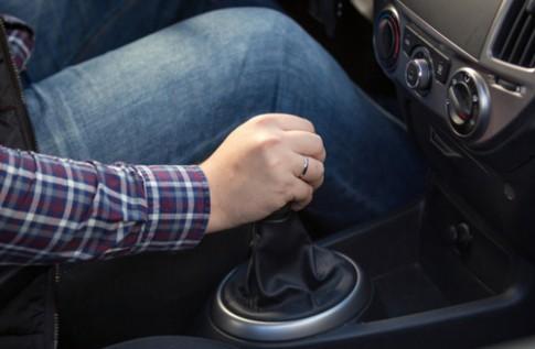 10 thói quen phá xe tài xế nên bỏ