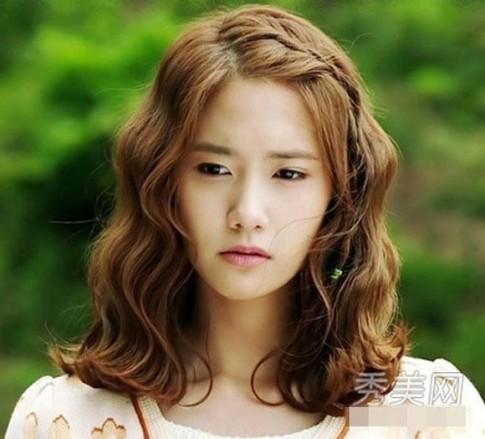 13 kiểu tóc xoăn ngắn ngang vai bồng bềnh đẹp 2016 sao kpop Hàn Quốc