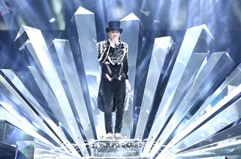 20 bộ đồ lấp lánh của Đàm Vĩnh Hưng trong 'Diamond show'