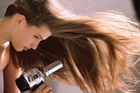 5 nguyên tắc sấy tóc đẹp như thợ làm tóc chuyên nghiệp