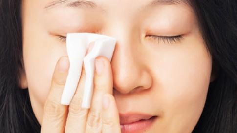 5 nguyên tắc tẩy trang đúng cách làm sạch sâu da mặt.
