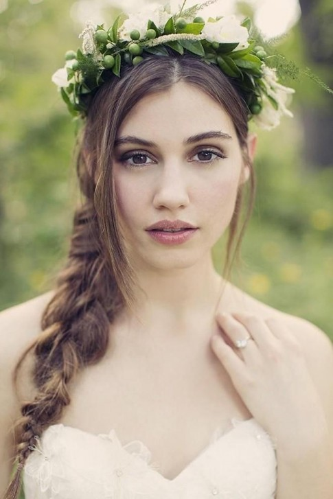 6 Kiểu tóc buông dài đẹp 2016 cho cô dâu ngọt ngào ngày cưới