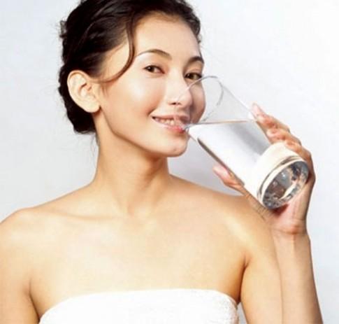 7 loại đồ uống giúp bạn có dáng đẹp, da mịn