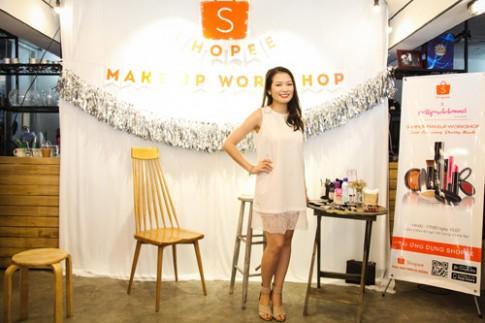 Beauty blogger bật mí bí quyết trang điểm mùa hè lâu trôi.