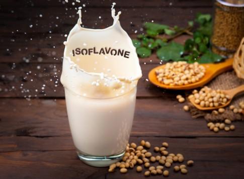 Bí quyết làm đẹp từ việc uống sữa đậu nành mỗi ngày.