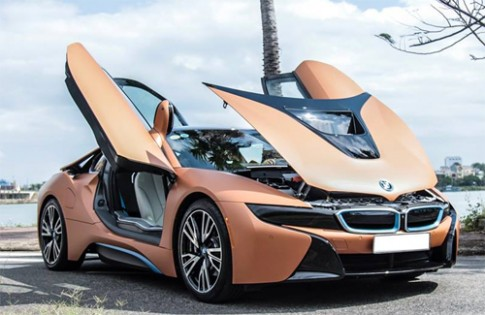 BMW i8 màu lạ của đại gia Đà Nẵng