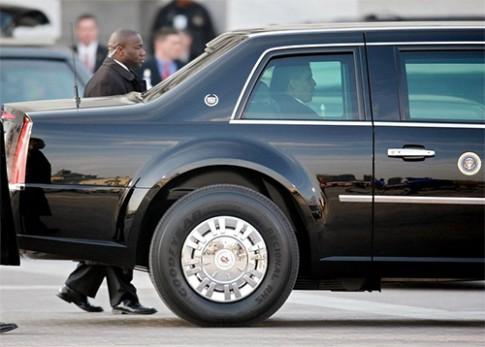 Cadillac chở Tổng thống Mỹ dùng lốp gì?