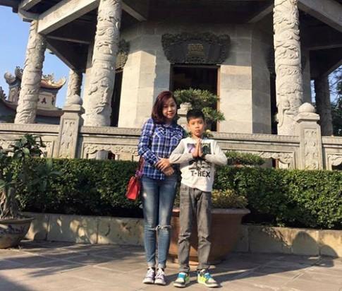 Chuyện người mẹ một mình nuôi con, tự chữa ung thư sau khi chồng lấy vợ mới