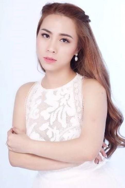Cô gái 9x Hạnh Yumy kiếm tiền 'khủng' nhờ kinh doanh online
