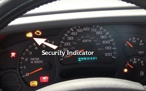 Đèn cảnh báo an ninh - chi tiết tài xế Việt ít để ý