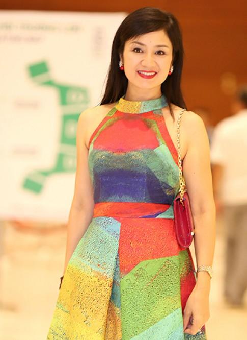 Diễn viên Thu Hà, Thủy Tiên váy áo thanh lịch ở sự kiện