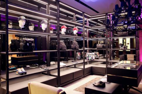 Dsquared2 khai trương cửa hàng đầu tiên tại Việt Nam