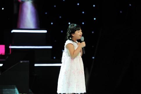 GHVN: 'Bản sao' Hương Tràm gây sốt