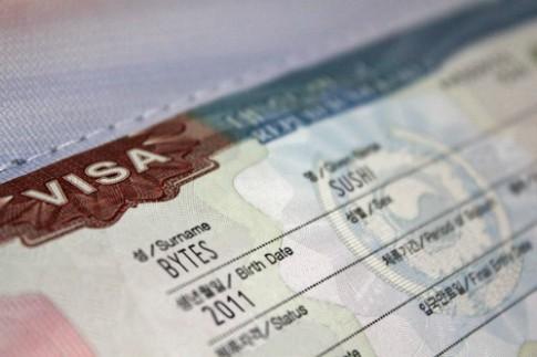 Hàn Quốc nới lỏng thủ tục visa cho khách Việt