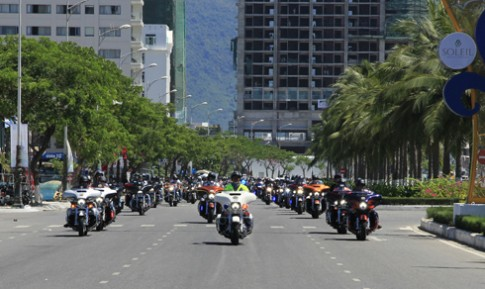 Hàng trăm môtô phân khối lớn diễu hành tại Đà Nẵng