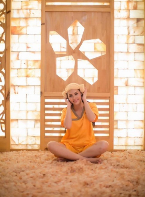 Hoa hậu biển Thùy Trang chọn liệu pháp thiên nhiên chăm sóc da