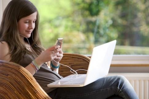 Hơn 4 tỉ người chưa được tiếp cận với internet