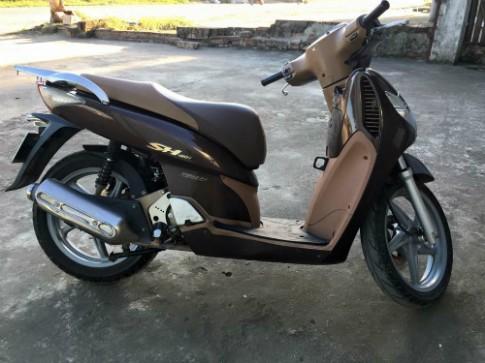 Honda SH 2008 màu cafe giá hơn 100 triệu đồng vẫn sốt