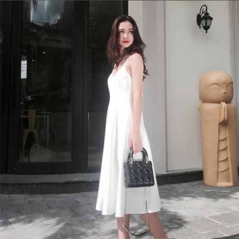 Hot girl Thái Lan gốc Việt gây sốt vì vẻ đẹp thánh thiện