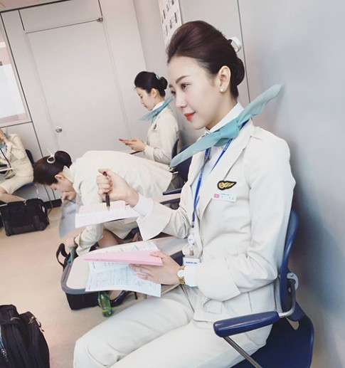 Khó cưỡng lại sự xinh đẹp của những nữ tiếp viên hàng không này