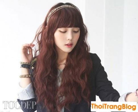 Kiểu tóc xoăn dài lọn nhỏ đẹp cho nàng khuôn mặt dài 2016