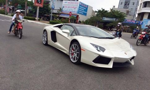 Lamborghini Aventador LP700-4 Roadster dạo phố Đà Nẵng