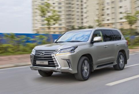 Lexus LX570 giá mới hơn 8 tỷ tại Việt Nam