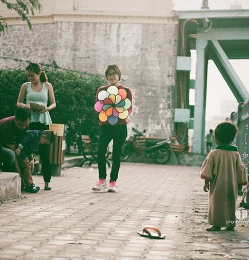 Những bức hình trẻ em khiến triệu người nhói lòng vì '1 cuộc đời, 2 số phận'