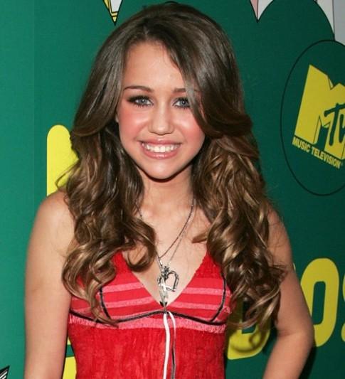 Những kiểu tóc đẹp của Miley Cyrus theo thời gian