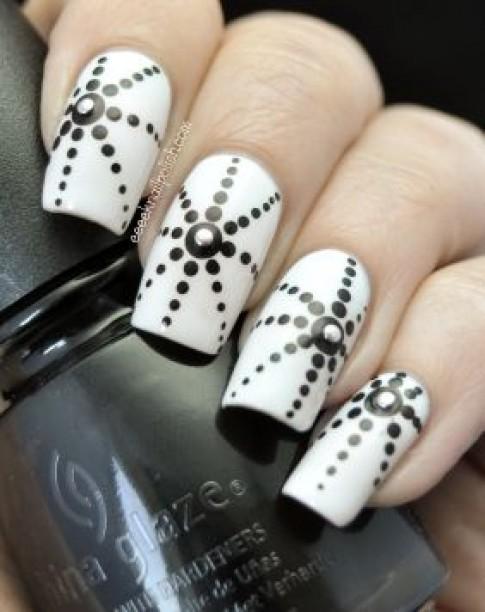 Những mẫu nail móng tay chấm bi đẹp dễ thương 2016 cho bạn nữ