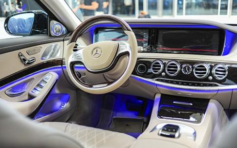 Nội thất Mercedes S500L bản nâng cấp hộp số