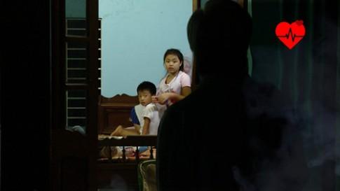 """Tâp 33 Bố ơi mùa 2: Con gái Mạnh Trường để lộ bí mật """"Bi béo tè dầm"""""""