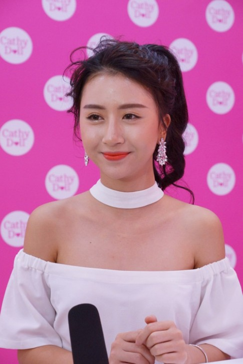 Tất tần tật bí quyết làm đẹp của hot girl Quỳnh Anh Shyn.
