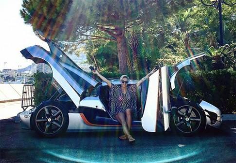 Tay đua nữ tậu siêu xe Koenigsegg One:1
