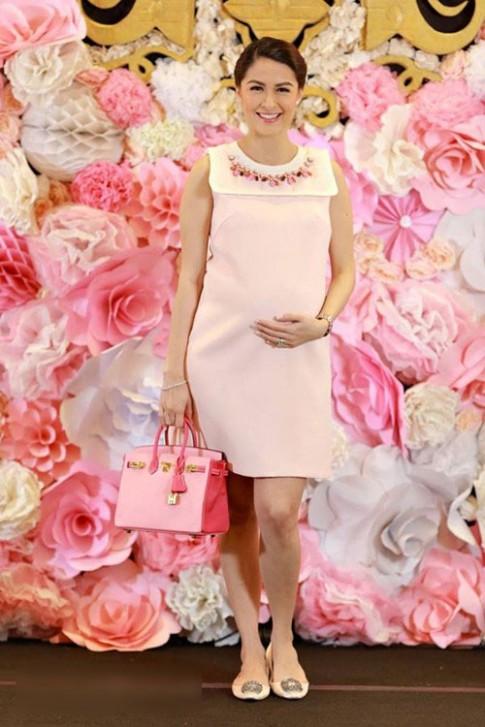 Thời trang đẹp không có chỗ chê của mỹ nhân hàng đầu Philippines