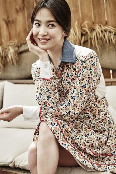 Váy giản dị của Song Hye Kyo cũng tốn 50 triệu đồng