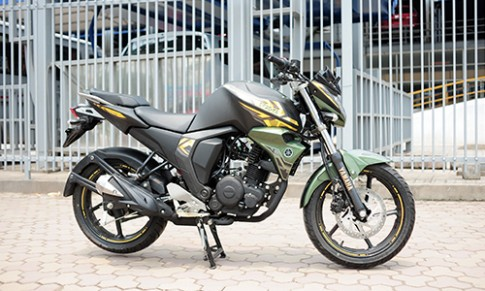 Yamaha FZ-S 2.0 ban dac biet doi 2016 dau tien ve Viet Nam