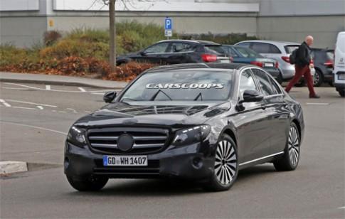Chi tiết Mercedes E-class 2017 trên đường thử