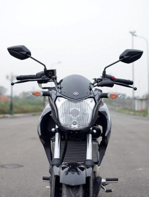 Chi tiết Yamaha FZ150i thêm màu mới