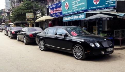Đám cưới với xe siêu sang Bentley ở Thái Nguyên