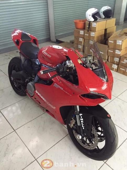 Ducati 899 lên đồ hiệu mà nhìn như zin